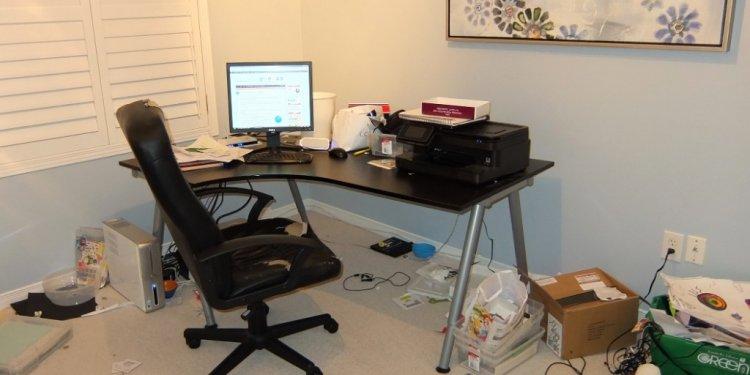 Computer Desk Staples: 14