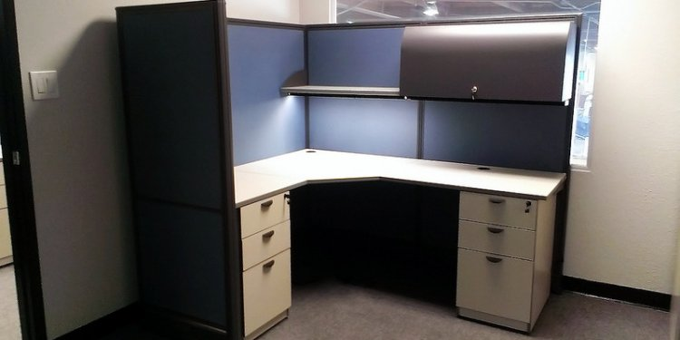 Custom Cubicles in California