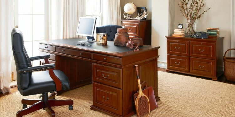 Desk With Hutch (1138x640)